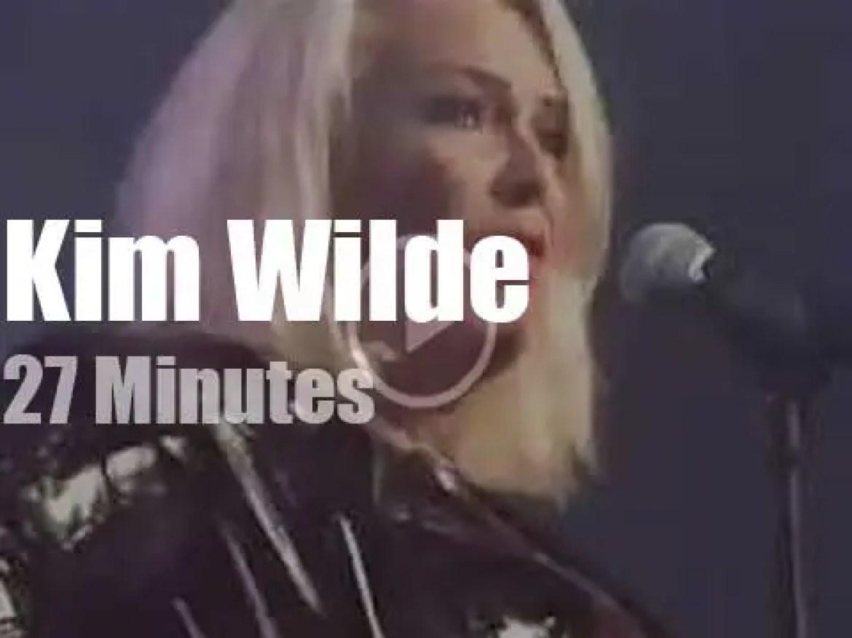 Kim Wilde attends a Belgian festival (2018)
