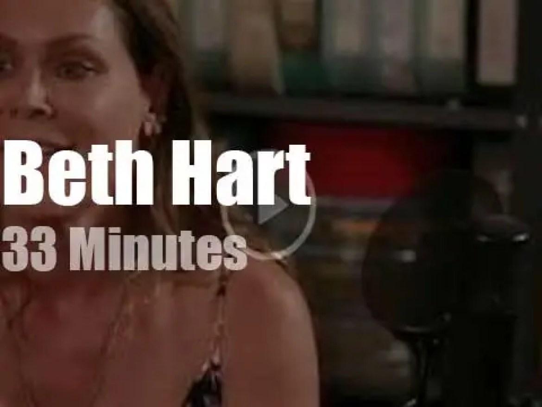 Beth Hart sings at Paste Studio (2019)