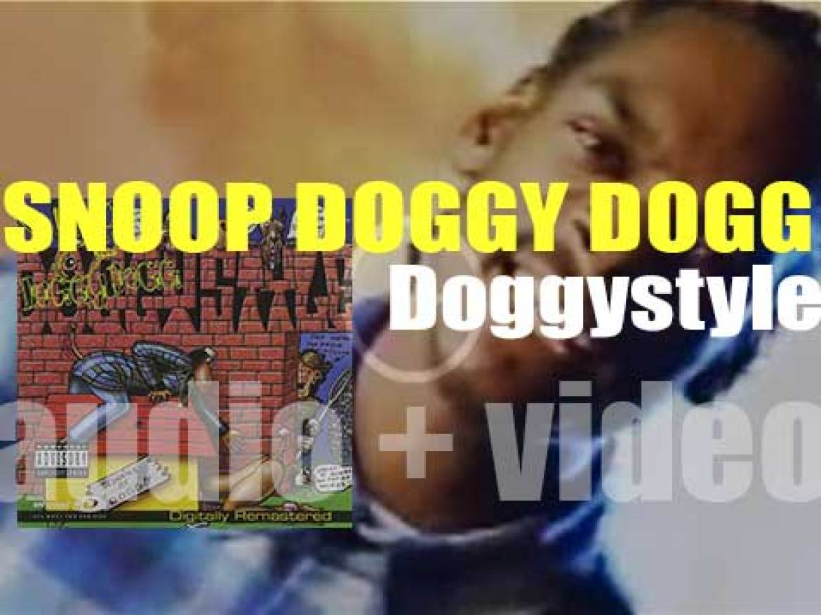 Death Row publish Snoop Doggy Dogg's debut album : 'Doggystyle' featuring 'Who Am I? [What's My Name?] (1993)