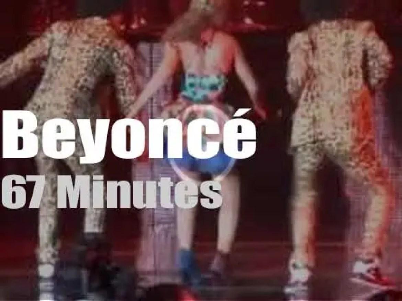 Beyoncé visits Paris (2013)