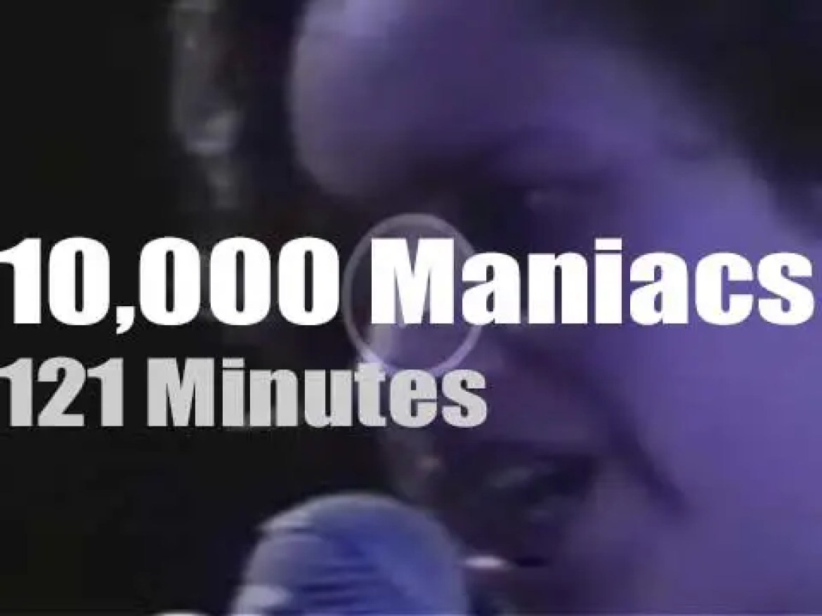 10,000 Maniacs play in St. Louis (1993)