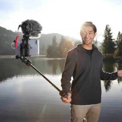 New Telescoping Tripod Is Ideal for Travel Videos and Social Media
