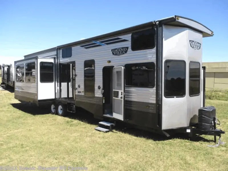 I am a 16 year old who loves math,science,and electronics(and programming).i have to design my new room(a 14'x20' empty space right now) and am out of ideas.i tried searching the site for some cool ideas,but my searching skills are pretty b. 12 Must See 3 Bedroom Rvs With Videos And Pricing Rv Owner Hq