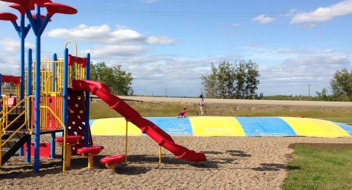 Playground Cecil Thompson Park & Bouncy Pillow