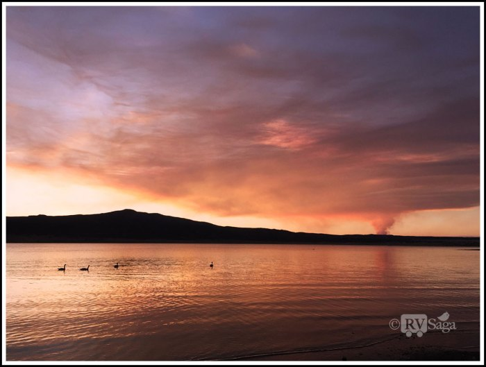 Fire-at-Ute-Park-View-From-Storrie-Lake