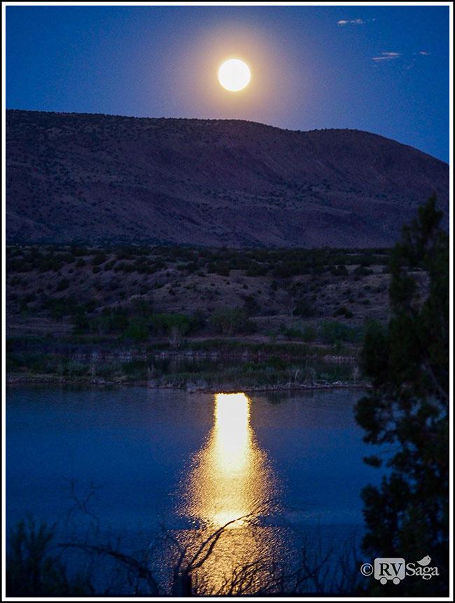 Full-Moon-and-Reflections-on-Cochiti-Lake