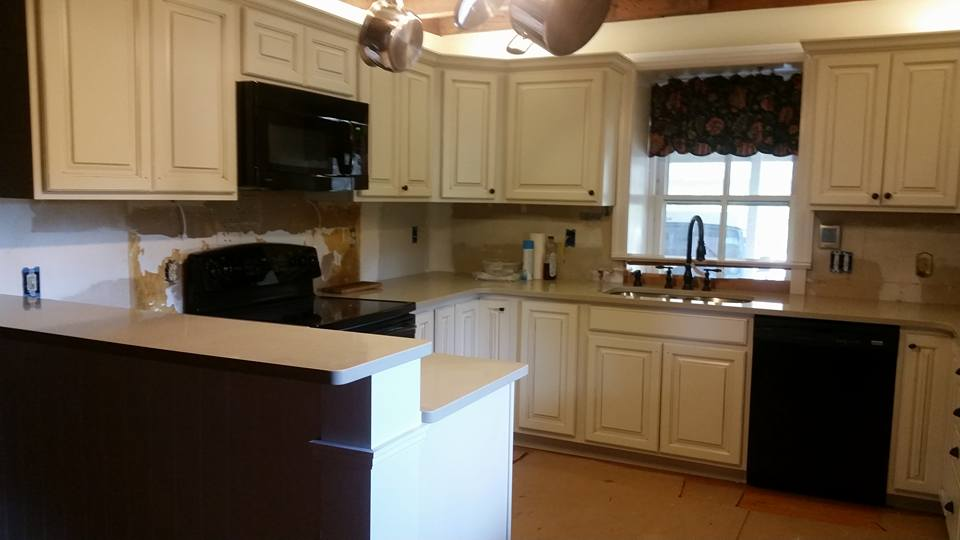 RV Worx Renovates Kitchen Cabinets