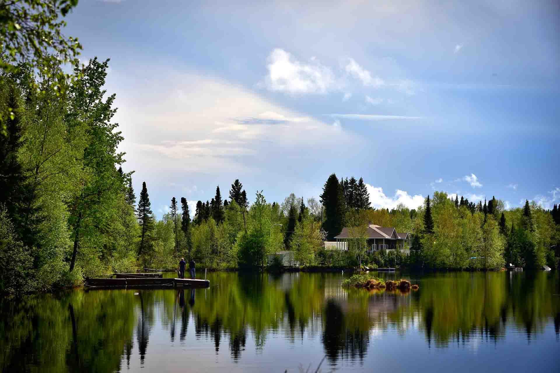 بالصور تعرف على أجمل بحيرات كندا