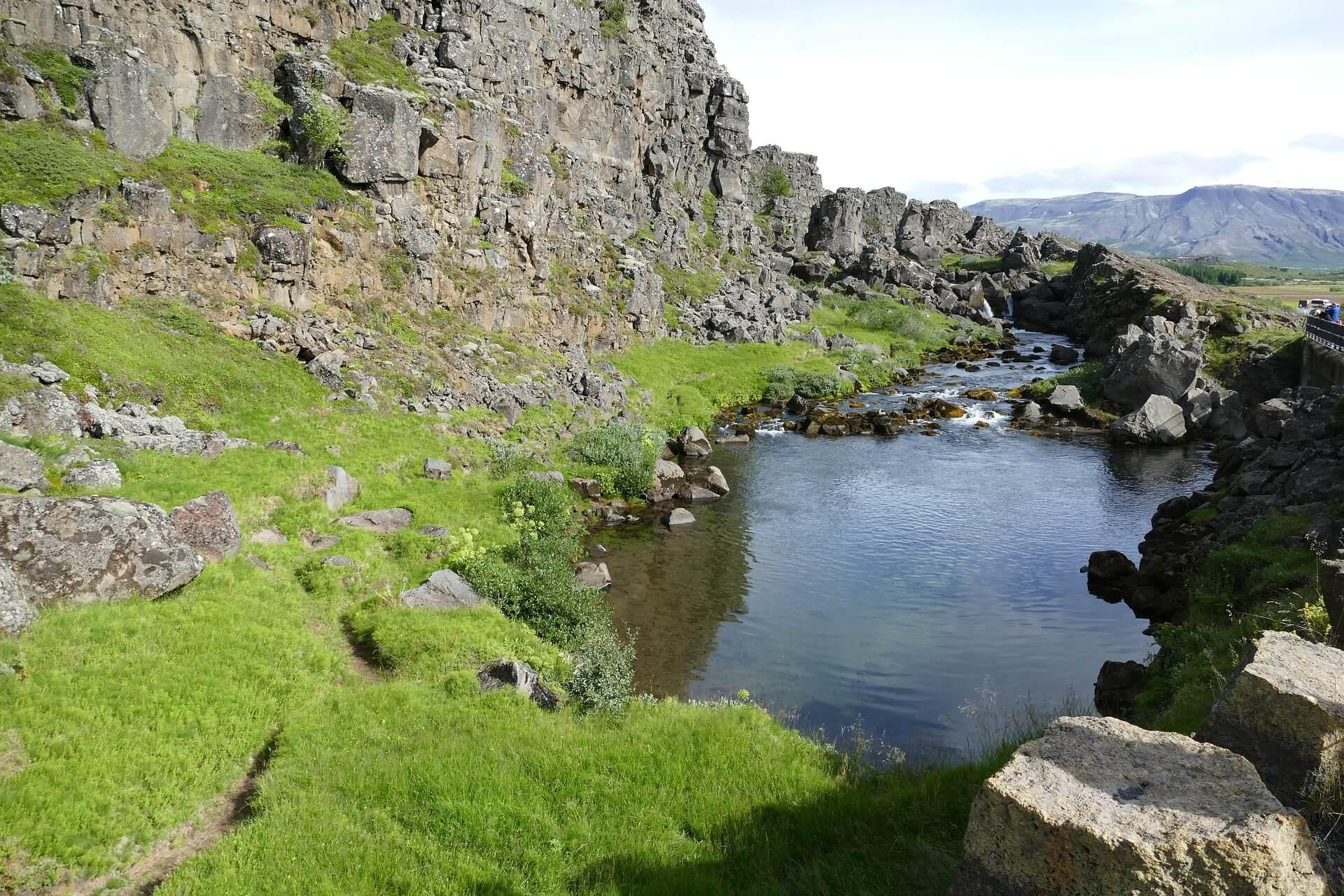 حديقة ثينجفيلير الوطنية - الطبيعة الساحرة في آيسلندا
