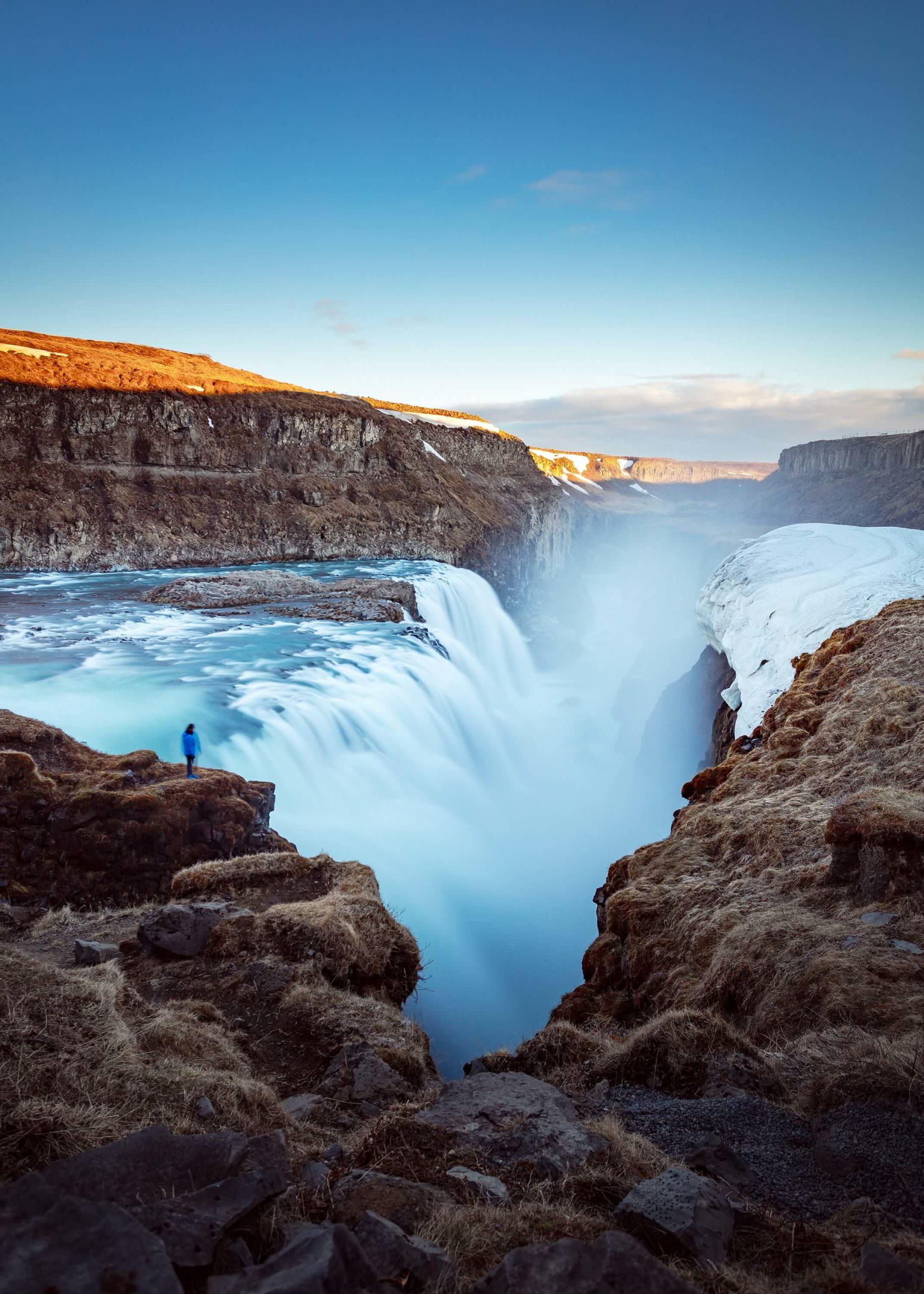 شلال جولفوس - الطبيعة الساحرة في آيسلندا