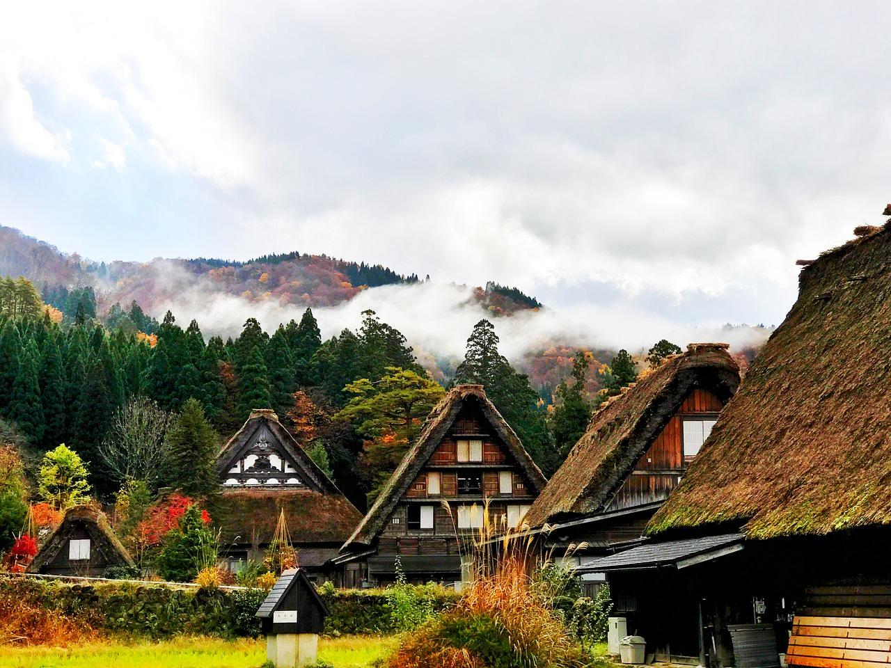قرية شيراكاوا الريفية في اليابان جمال لا يضاها