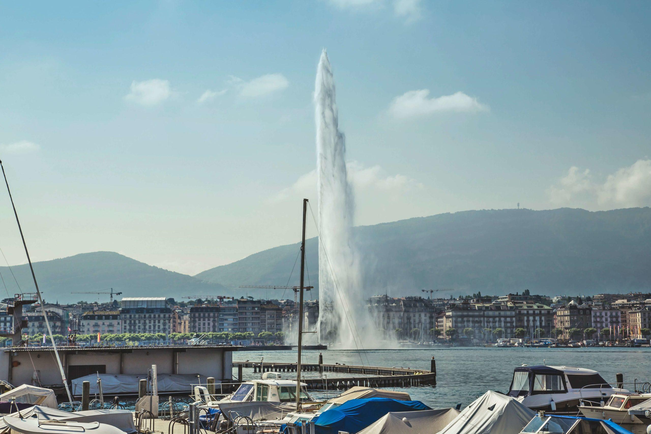 نافورة جنيف ، أطول نافورة في العالم.