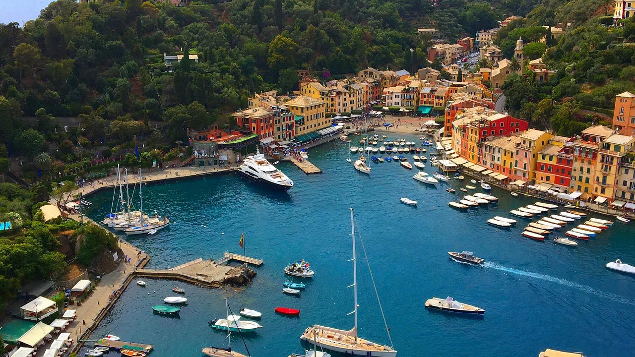 مدن سياحية في إيطاليا