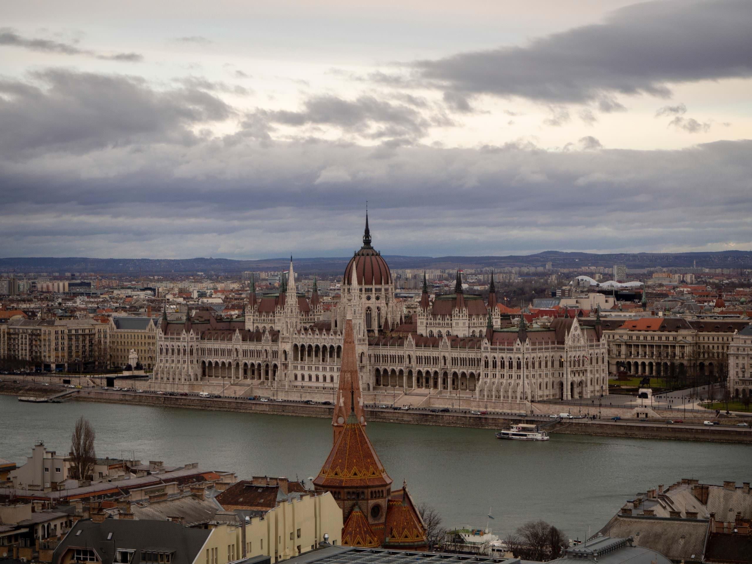 أفضل 10 مدن جذابة في هنغاريا