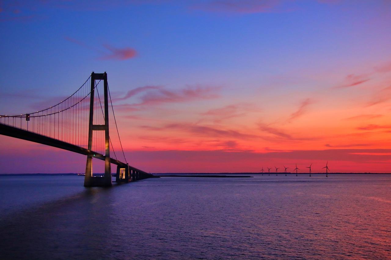 أشهر الجسور