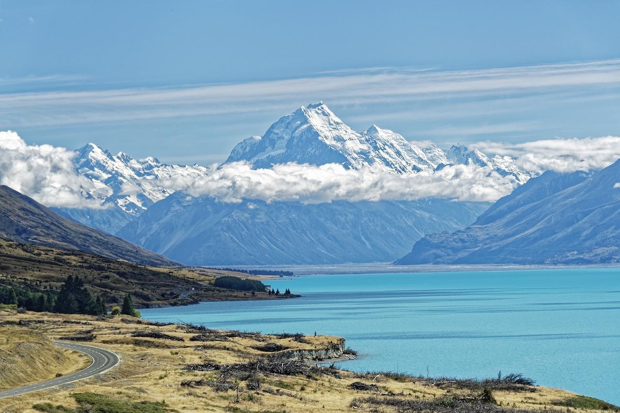 أجمل البحيرات في نيوزيلندا
