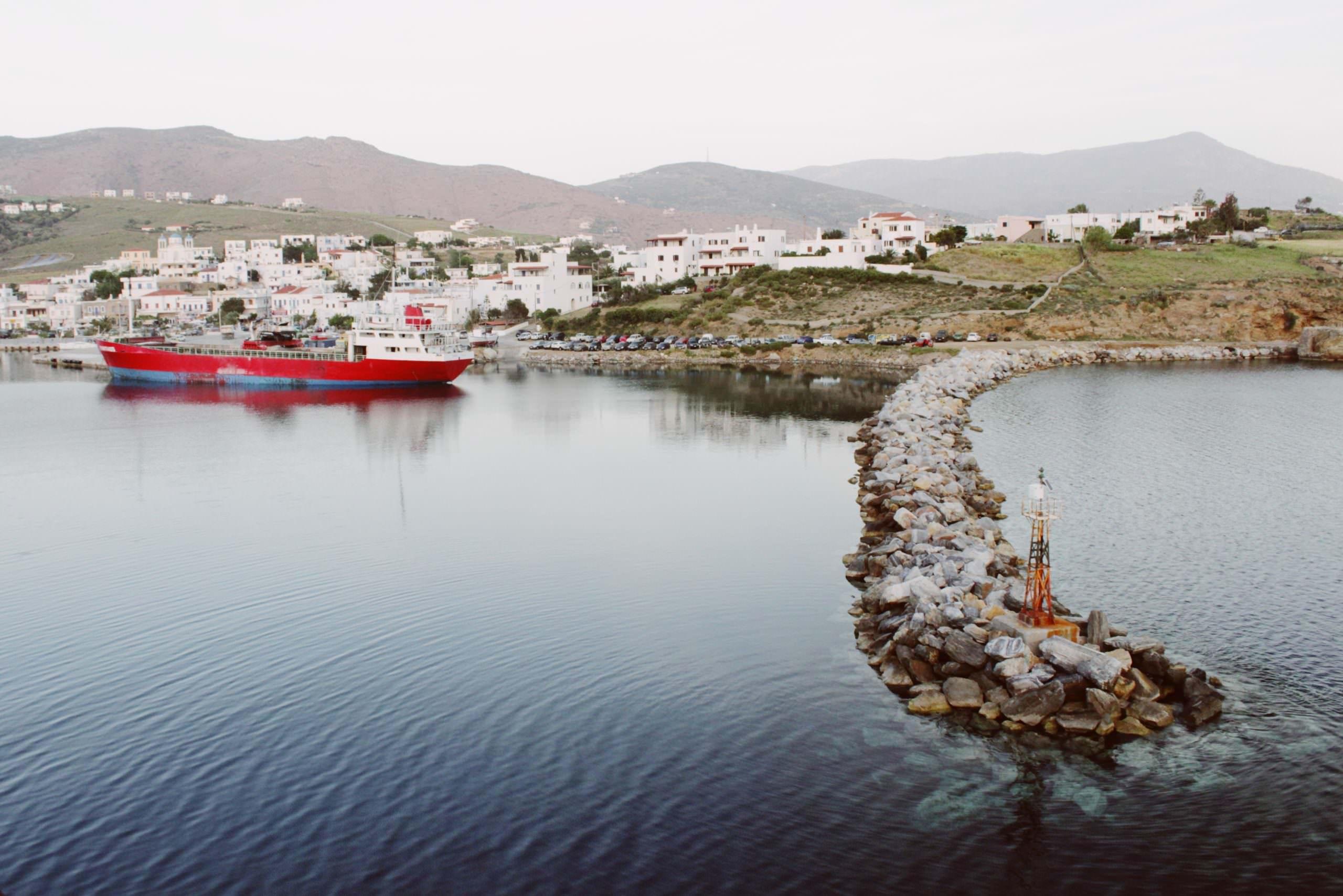 أفضل العجائب الطبيعية والمعالم السياحية في ميكونوس اليونانية