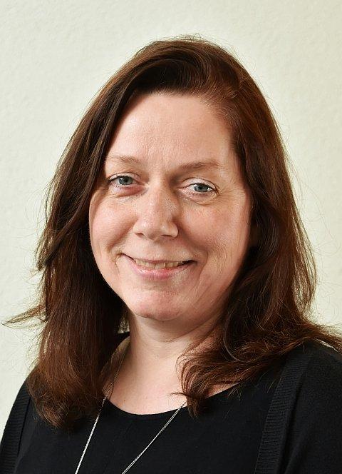 Birgit Nathan, Vertrauenslehrer/in, Städtische Rainer-Werner-Fassbinder-Fachoberschule für Sozialwesen
