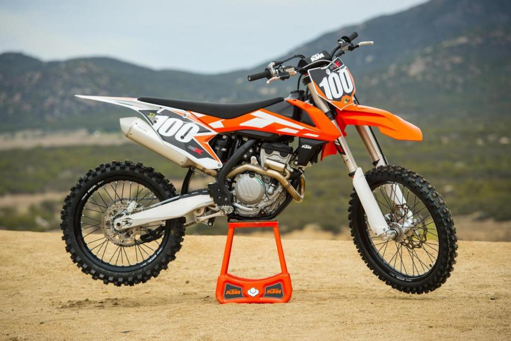 Racer X Films: Dialed In: 2016 KTM 250 SX-F - Motocross ...