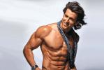 Rrithik Roshan Body Building Exercises to Get Bigger Arm Chest
