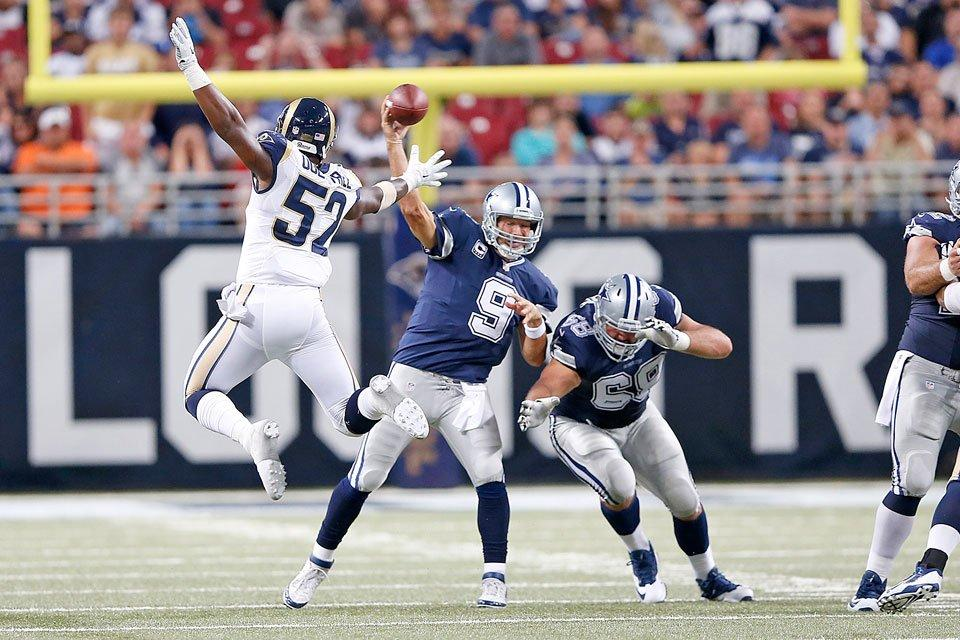 Record-Setting Comeback Lifts Cowboys Over Rams 34-31