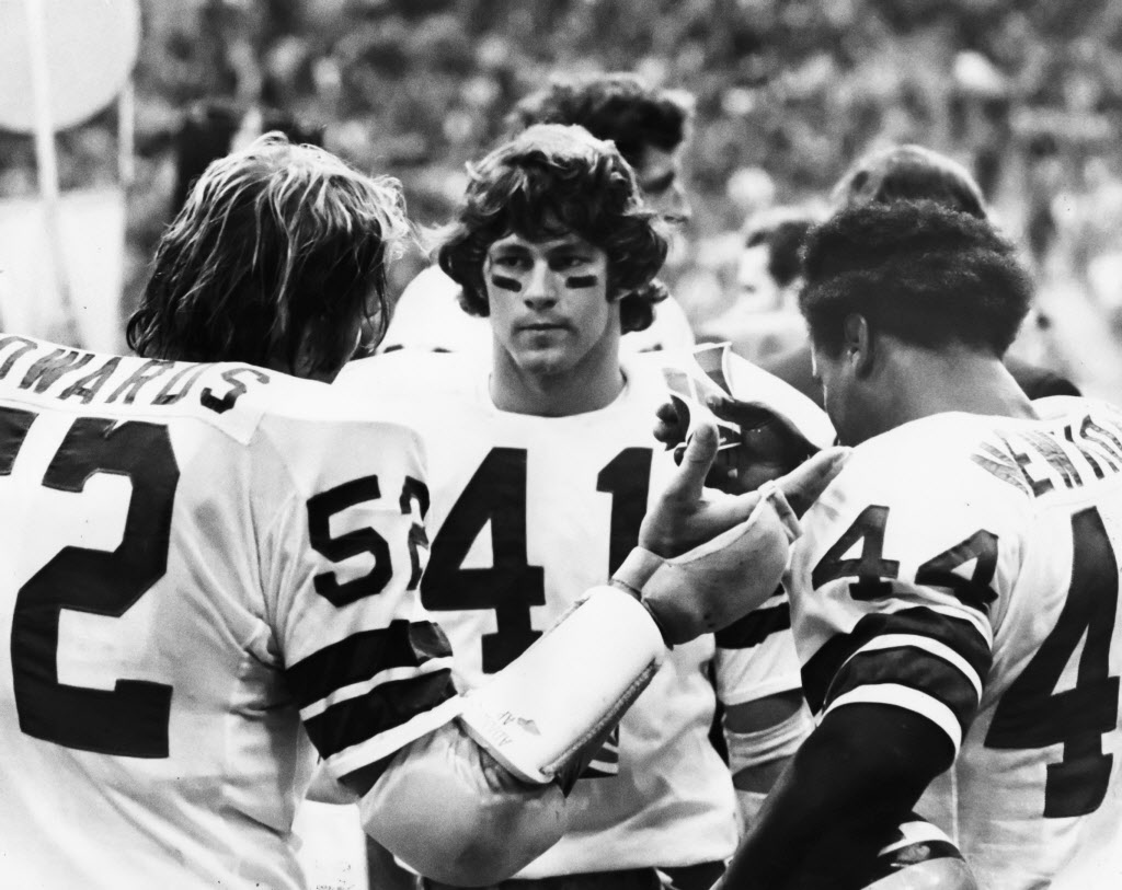Waters' New Position Proved Critical To Dallas Cowboys' 1975 Turnaround