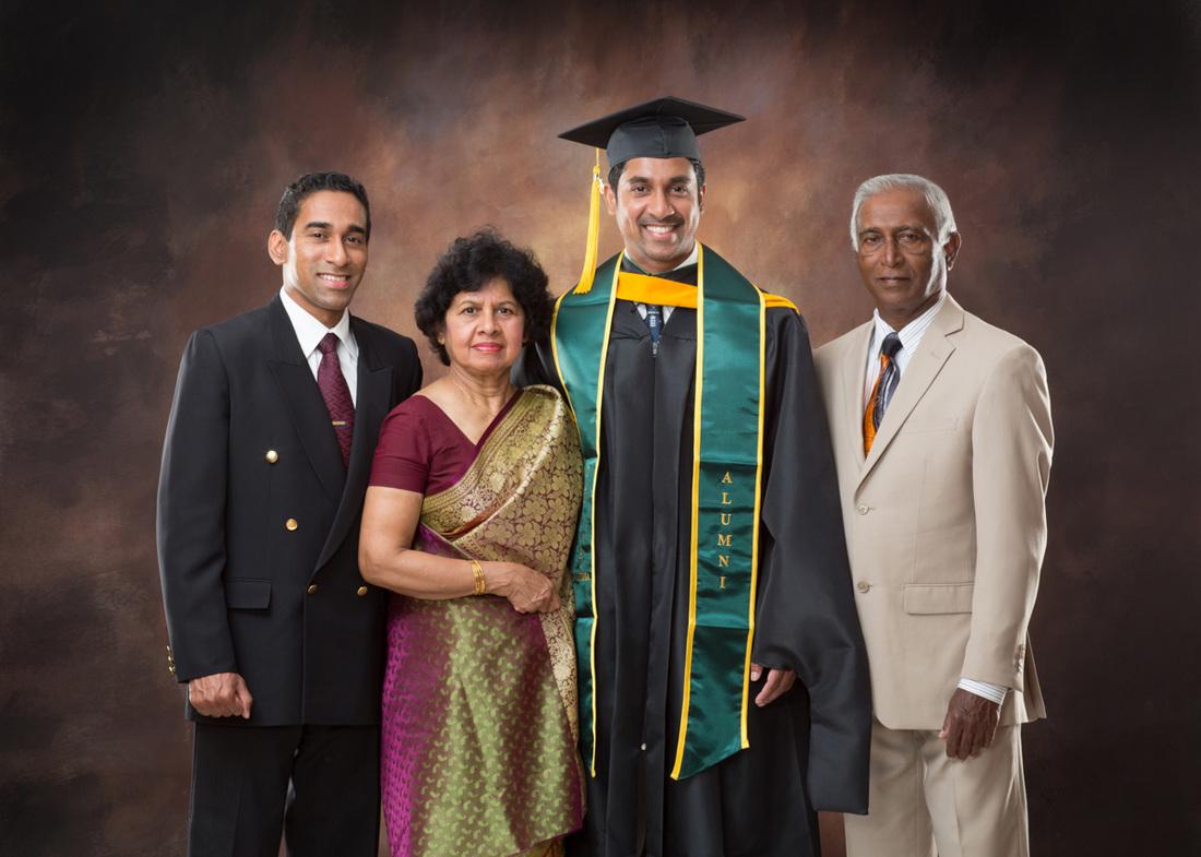 Graduation Family Studio