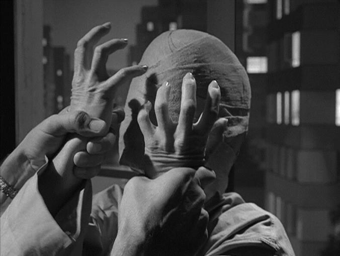 Twilight Zone - Eye of the Beholder