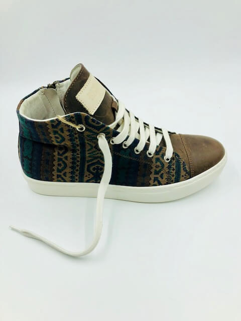 Multicolor Gobelin fabric & leather