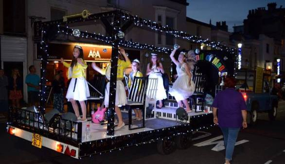 2016 Queens Rocking Ryde Illuminated