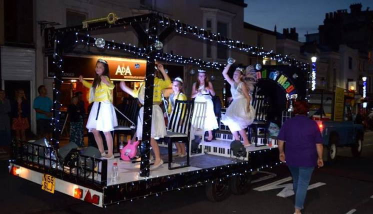 2016 Queens Rocking Ryde Illuminated