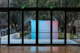 "Ann Veronica Janssens ""Blue, Red and Yellow"" 2001_ Courtesy of the artist and 1301PE, Los Angeles, Photo by Kevin Todora"
