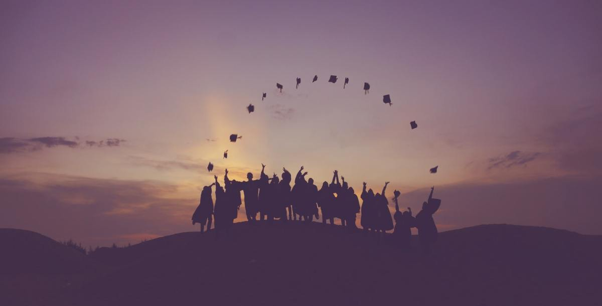 What's It Like Job Hunting as a Graduate During COVID-19?
