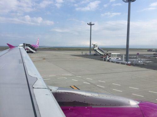 ピーチ飛行機離陸