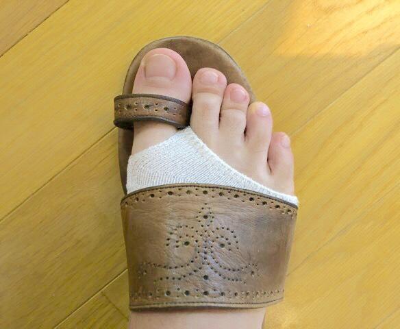 サンダルの靴擦れ対処法革ぐつ