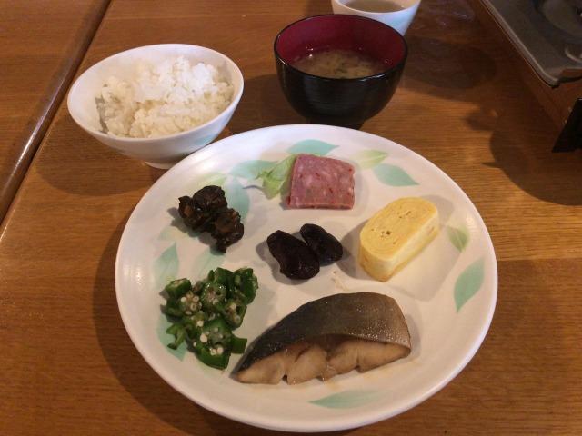 槍ヶ岳山荘の食事朝食s