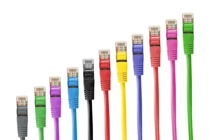 LANケーブル 回線速度