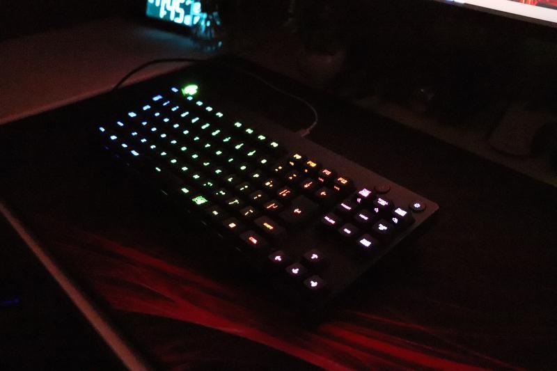ロジクール「GRPO」のRGBライティング