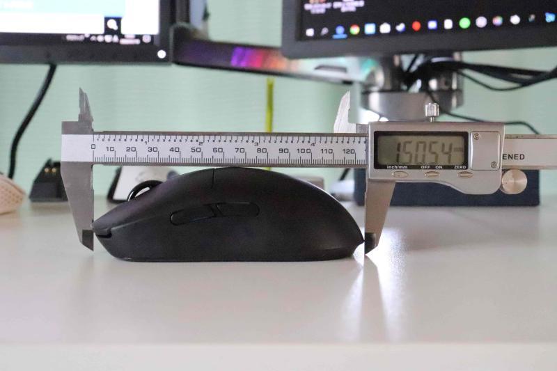 「Ultralight 2」と「GPRO ワイヤレス」の比較