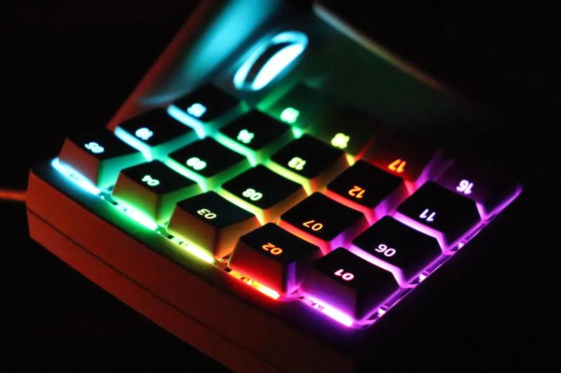 「Tartarus Pro」のRGBライティング