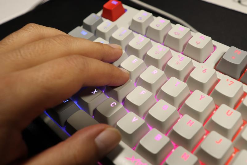 Xtrfy「K4 TKL RGB」の打鍵感