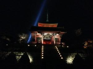 清水寺 仁王門 ライトアップ