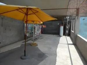 リマのお宿桜子の屋上バルコニー