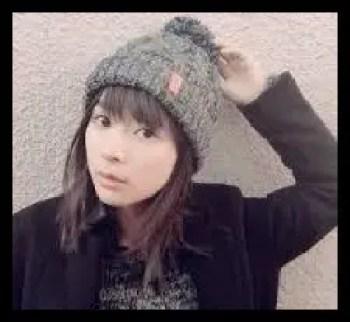 芳根京子,帽子,ニット帽,女優
