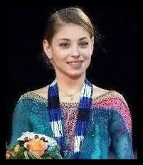 コストルナヤとコーチが綺麗すぎ...