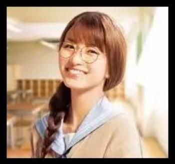 岡崎紗絵,女優,モデル,メガネ,可愛い