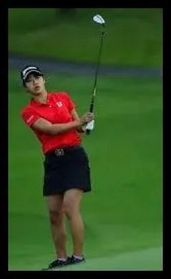 吉本ここね,ゴルフ,女子プロ