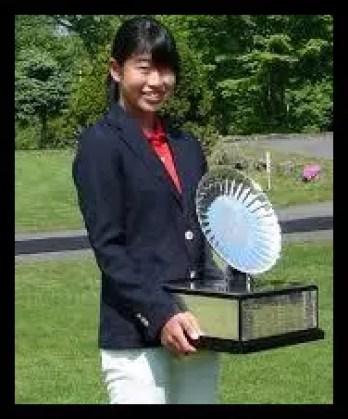 吉本ここね,ゴルフ,女子プロ,高校時代