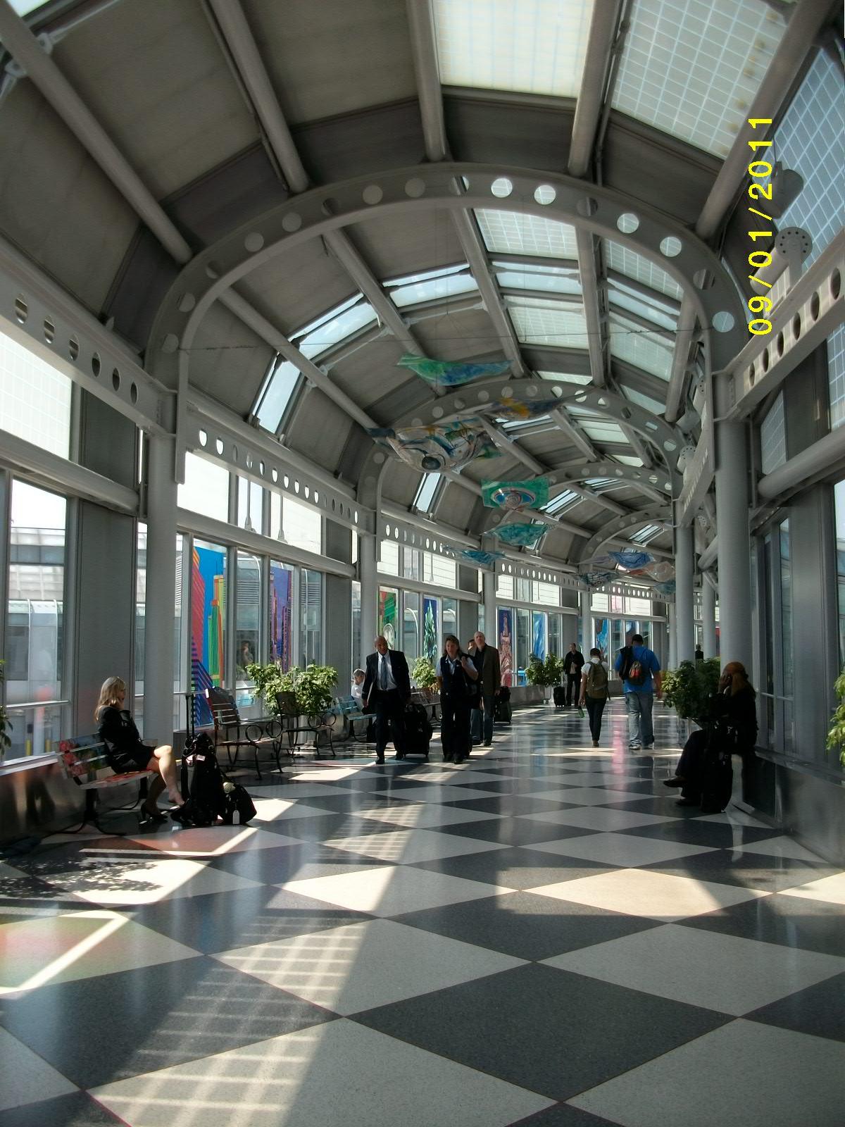 芝加哥機場&轉機延飛經驗 | 大波士頓 隨手寫…