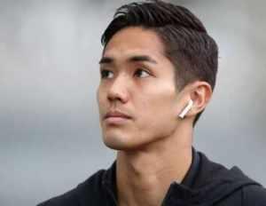 サッカーの元日本代表武藤嘉紀選手